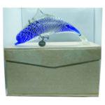 Delfino in vetro con braccialetto